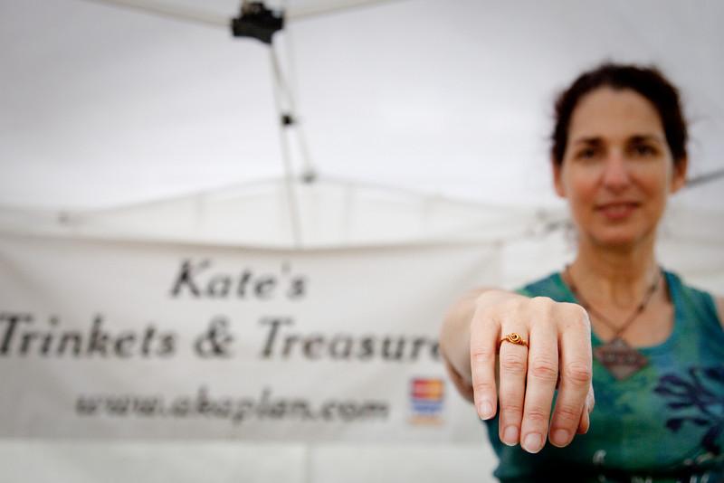 Kate Kaplan - Kate's Trinkets and Treasures - www.akaplan.com/tnt.htm