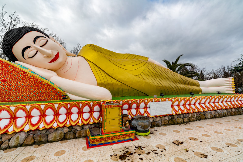 Stockton_Buddhist_Temple_12.jpg