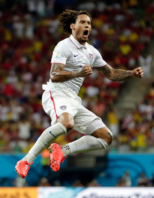 . United States\' Jermaine Jones celebrates after scoring his side\'s first goal during the group G World Cup soccer match between the United States and Portugal at the Arena da Amazonia in Manaus, Brazil, Sunday, June 22, 2014. (AP Photo/Julio Cortez)