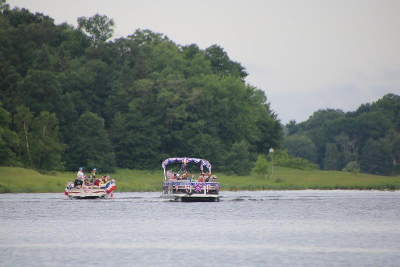 2019 4th of July Boat Parade  (5).JPG