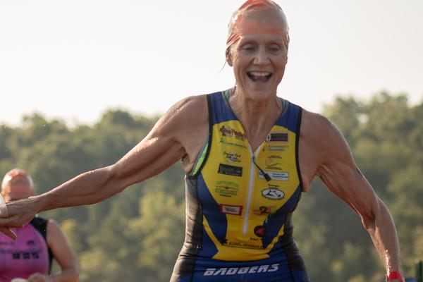2018-08-05-Williamstown-Badgers-Autumn-Lake-Triathlon-SWIM