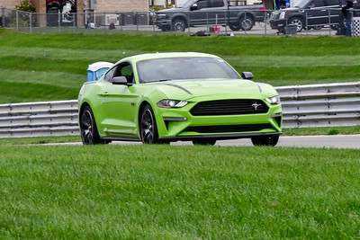 2020 SCCA TNiA Sept 30 Pitt Race Int Green Lime Mustang