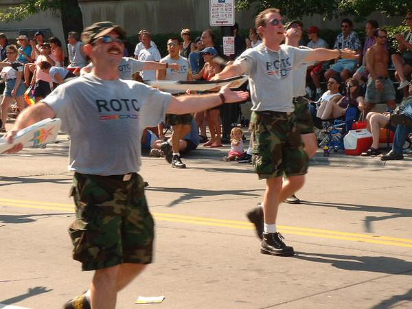 Pride Parade 2001-77-1.jpg