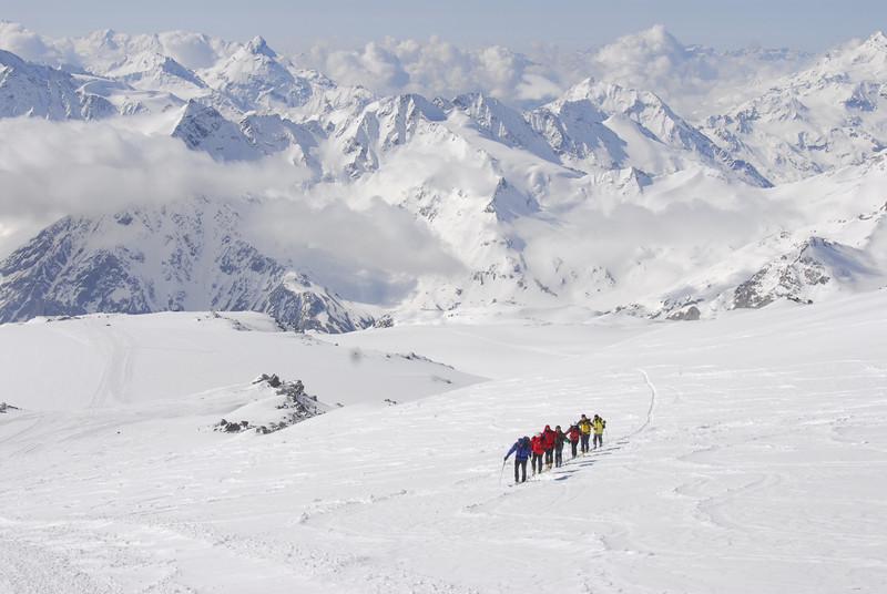 080502 1936 Russia - Mount Elbruce - Day 2 Trip to 15000 feet _E _I ~E ~L.JPG