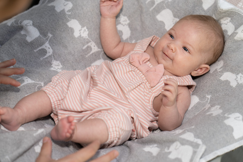 Mikayla 6-weeks 03259 by Art M Altman 2018-Aug.jpg