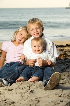 Rebecca + Jeremy = Ethan > Avery > Griffin (Family Photography, Lighthouse Field and Dog Beach, Santa Cruz, California)