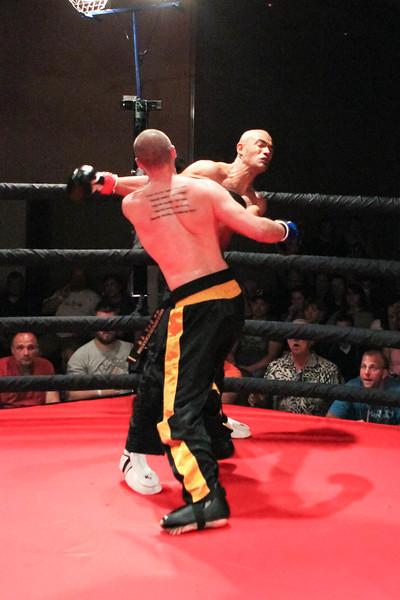 Elias Lemon vs Scott Legus