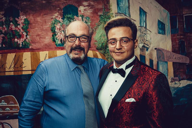 Mike Maney_CB Cares Celebrity Waiters 2019-93.jpg