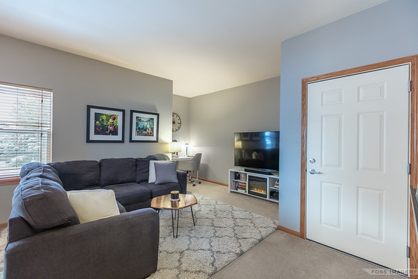 2816 Pleasant View 202 LKoth by Foss Imagery