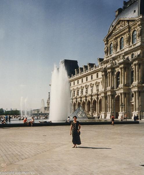 Paris 90s 022.jpg