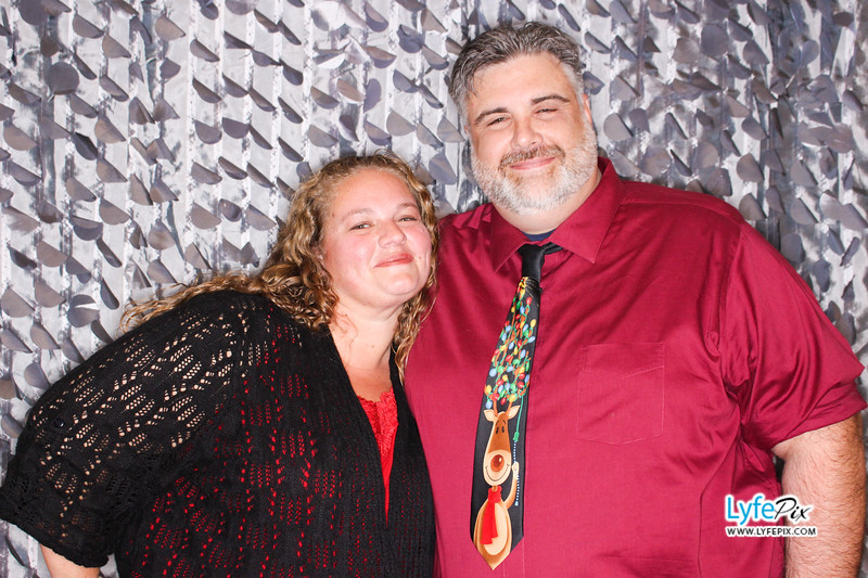 red-hawk-2017-holiday-party-beltsville-maryland-sheraton-photo-booth-0136.jpg