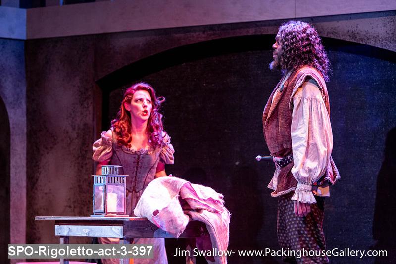 SPO-Rigoletto-act-3-397.jpg