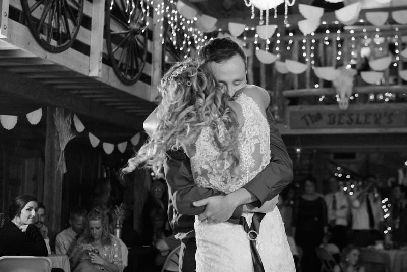 2017-05-19 - Weddings - Sara and Cale 3155.jpg