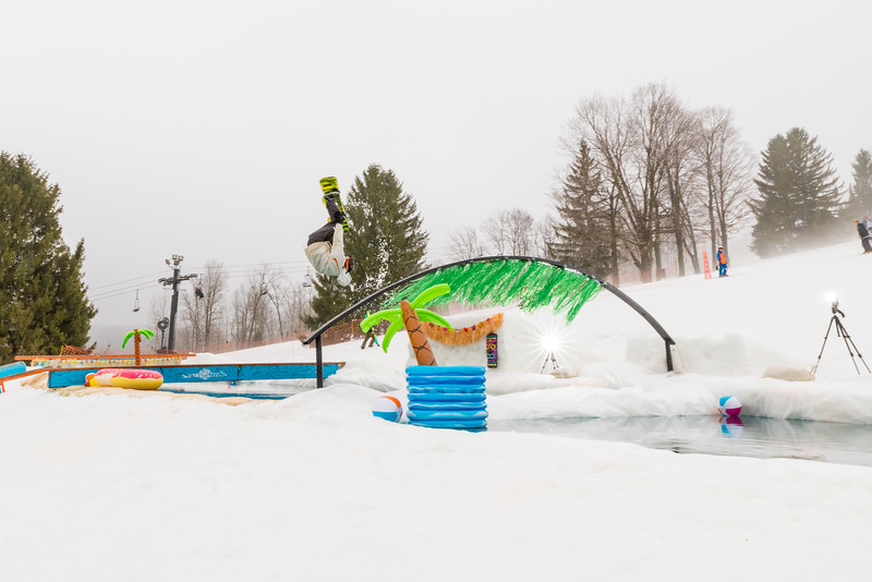 Pool-Party-Jam-2015_Snow-Trails-582.jpg
