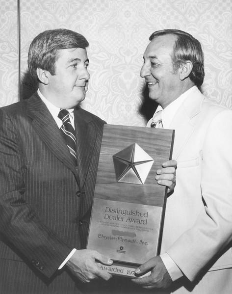 1970s, Distinguished Dealer Award