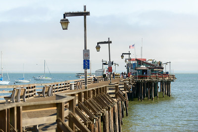6447_d800b_Michael_and_Rebecca_Capitola_Wharf_Couples_Photography