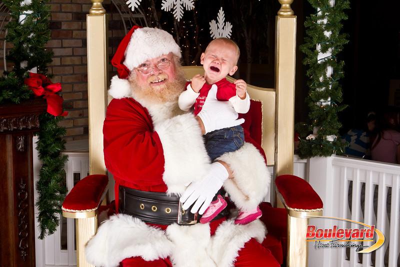 Santa Dec 8-135.jpg