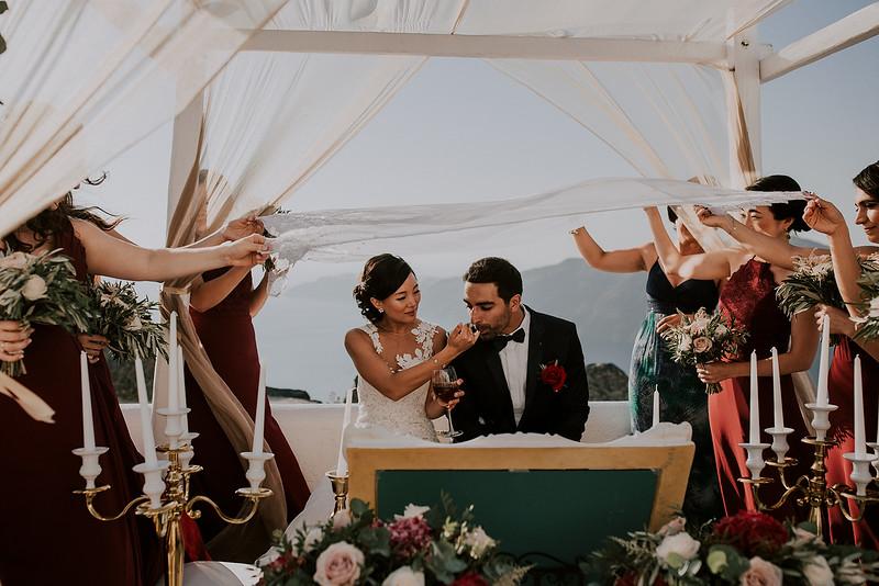 Tu-Nguyen-Destination-Wedding-Photographer-Santorini-Rocabella-Hotel-Euna-Ehsan-433.jpg