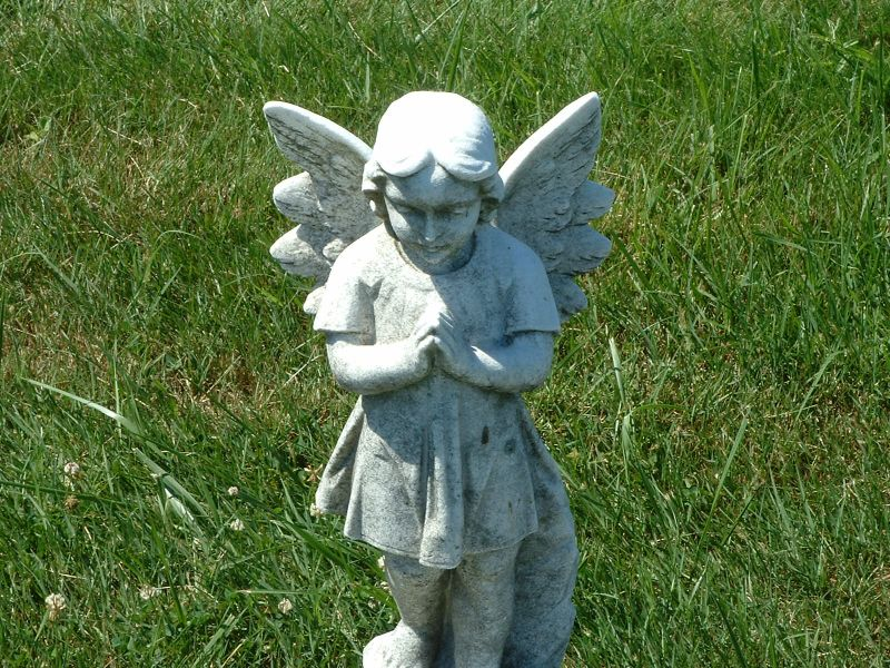 Child's Grave Angel_112847820_o.jpg