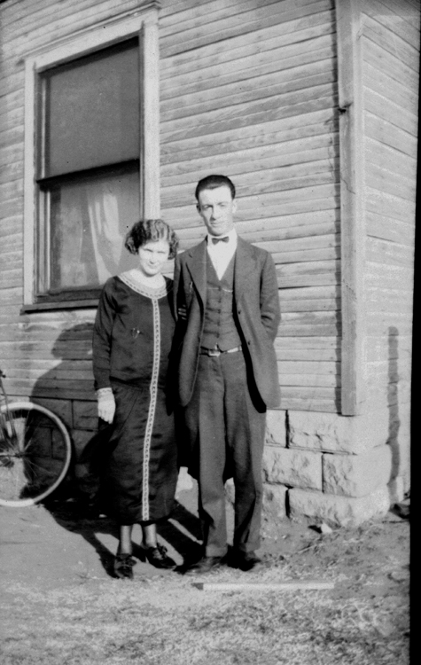 Ada and George Glines.  This dress appears to be concealing a pregnancy so I think this was taken in 1925 but I don't know where.