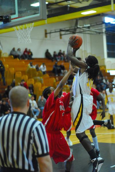 20090301_MCC Basketball_5654.JPG