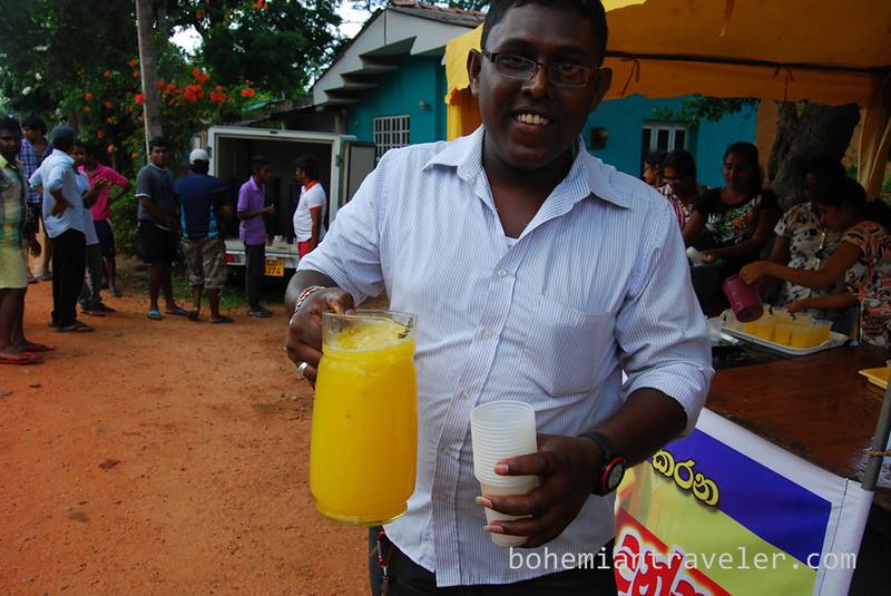 free drinks for vesak (3).jpg