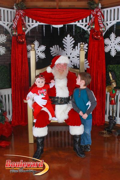 Santa 12-10-16-33.jpg