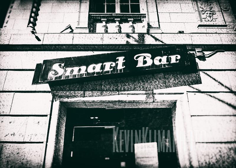 smartbarbw-5x7OG.jpg