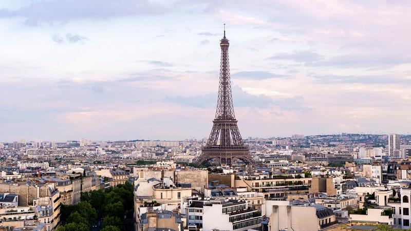 Paris-ArcDeTriomphe01.jpg