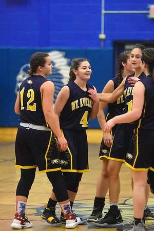 Mount Everett's Gwendolyn Carpenter breaks points record for school - 011019