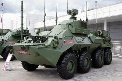ARMY-2021 - Static displays part 3: Signal, command, engineer and support vehicles