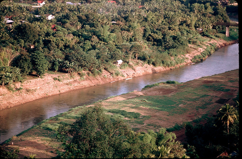 LaosCanada1_013.jpg
