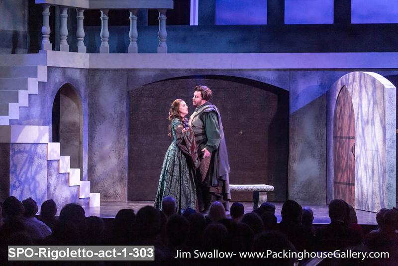 SPO-Rigoletto-act-1-303.jpg