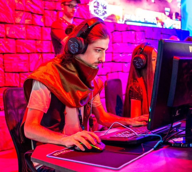 A gamer at Gamescom 2015