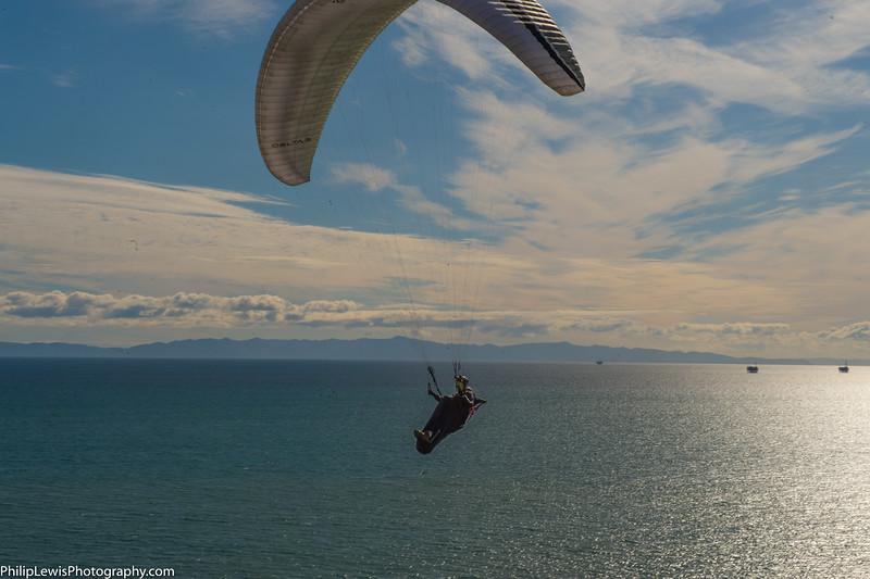 Paragliders in Carpinteria-18.jpg