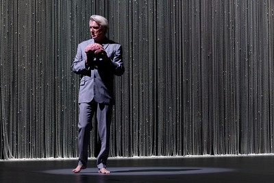 "David Byrne ""American Utopia"" Tour with Ibeyi"