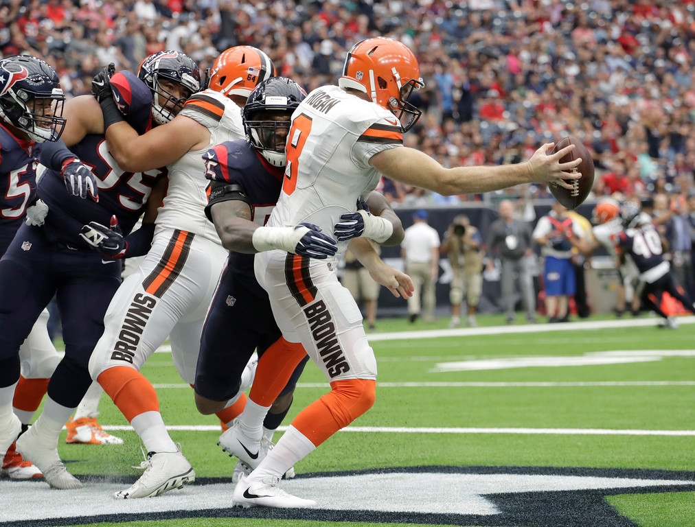 . Houston Texans linebacker Benardrick McKinney (55) sacks Cleveland Browns quarterback Kevin Hogan (8) for a safety in the second half of an NFL football game, Sunday, Oct. 15, 2017, in Houston. (AP Photo/Eric Gay)
