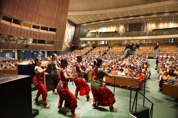 UN-Yoga2019
