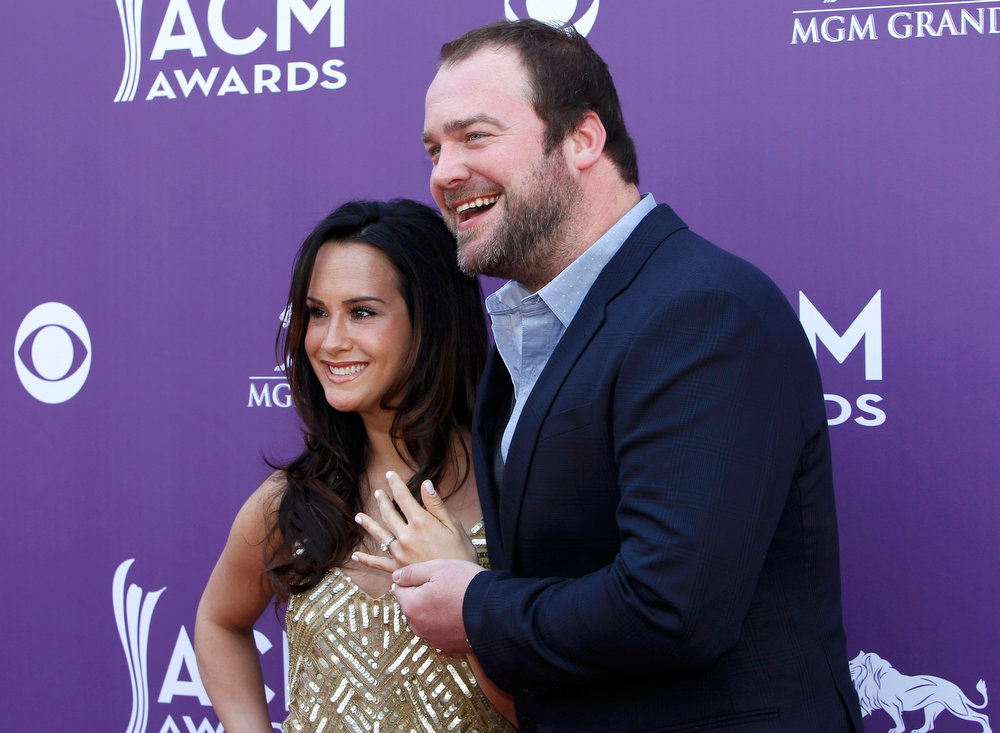 . Singer Lee Brice and fiancee Sarah Reevely arrive at the 48th ACM Awards in Las Vegas, April 7, 2013.  REUTERS/Steve Marcus
