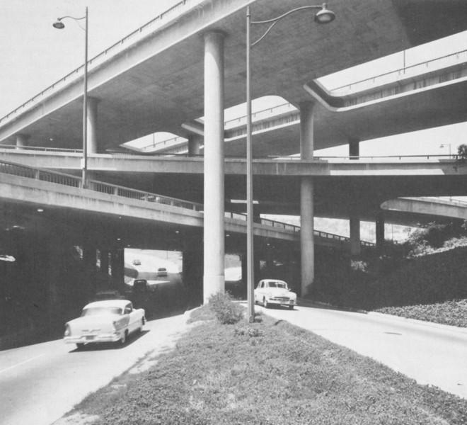 1953-LAfreewayAnAppreciativeEssay118-FreewayInterchange.jpg