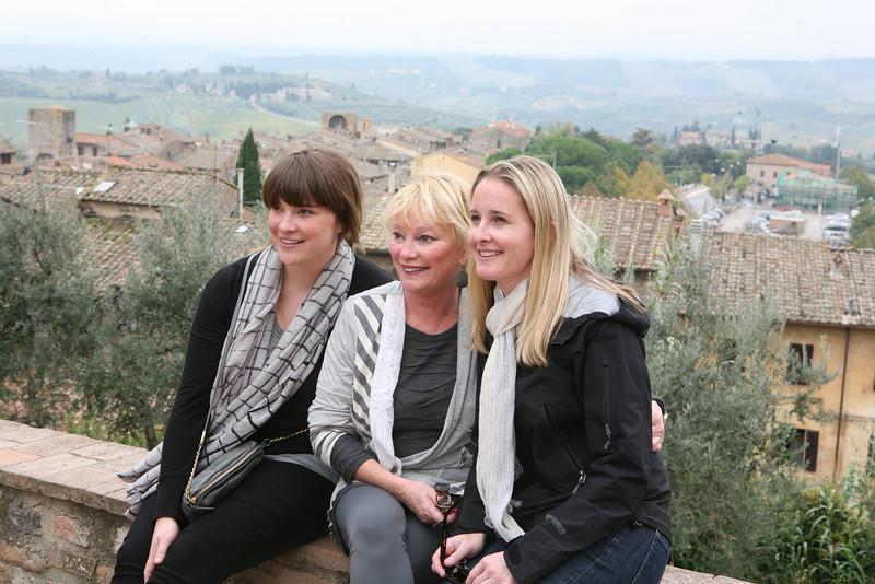Walking Tour of Tuscany,.