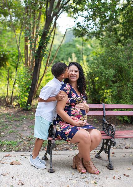 Michele Shumpert Maternity_36.jpg