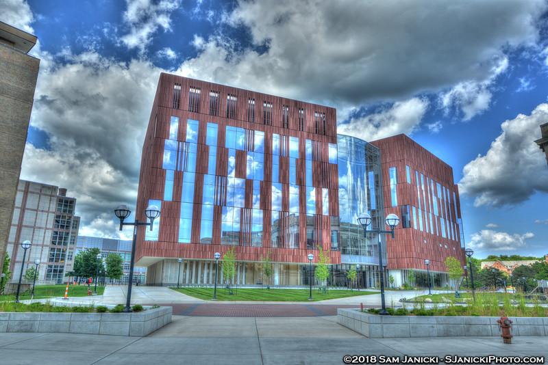 7-04-18 Biological Sciences Building HDR (76).jpg