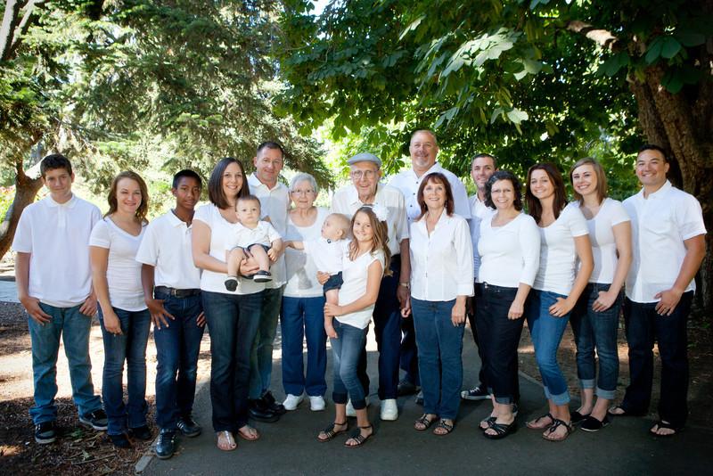 20120603_RichardA Family-560-Edit.jpg