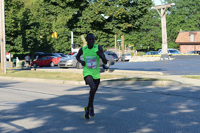 10 Mile at 9.25 Miles, Gallery 1 - 2013 HealthPlus Crim Festival of Races