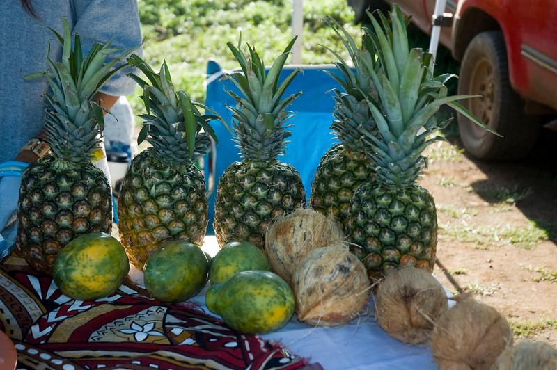 Pineapple Haleiwa's Farmers Market