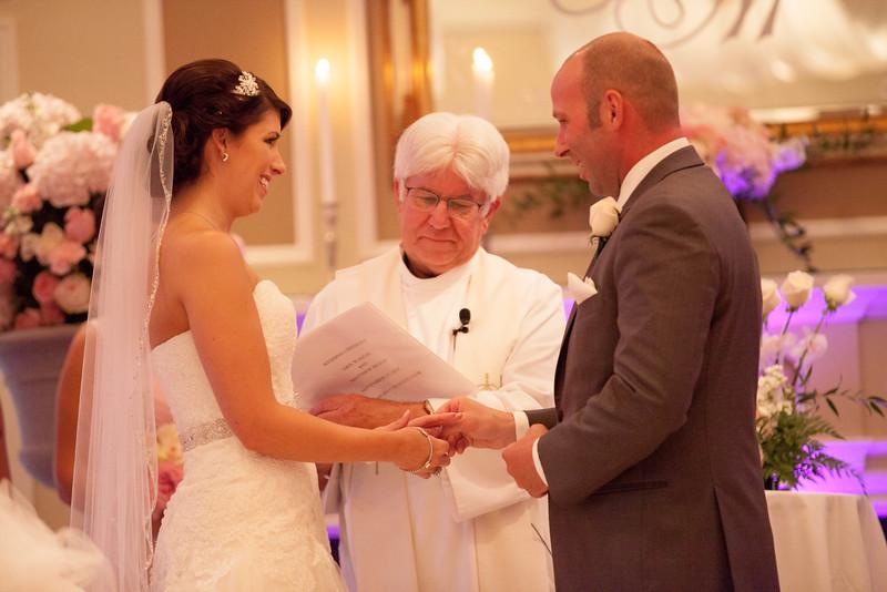 Matt & Erin Married _ ceremony (100).jpg