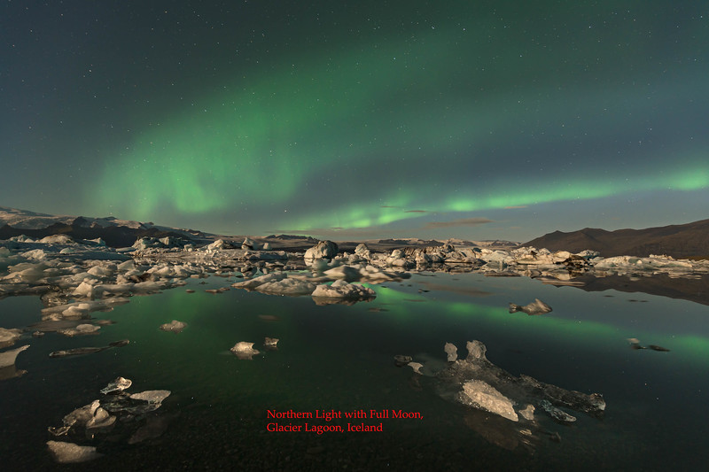 Borealis over icebergs with full moonjpg011.jpg