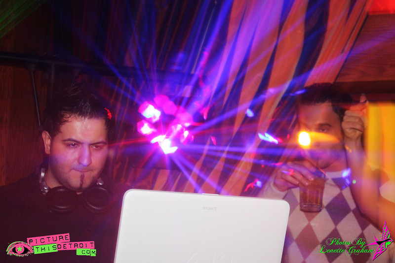 20090306-ErniesIMG_1294LenetteGraham.jpg