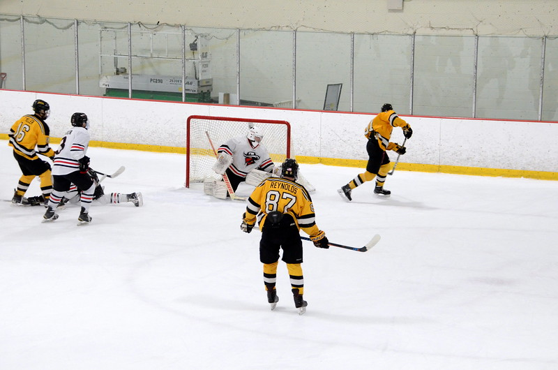 171202 Junior Bruins Hockey-105.JPG